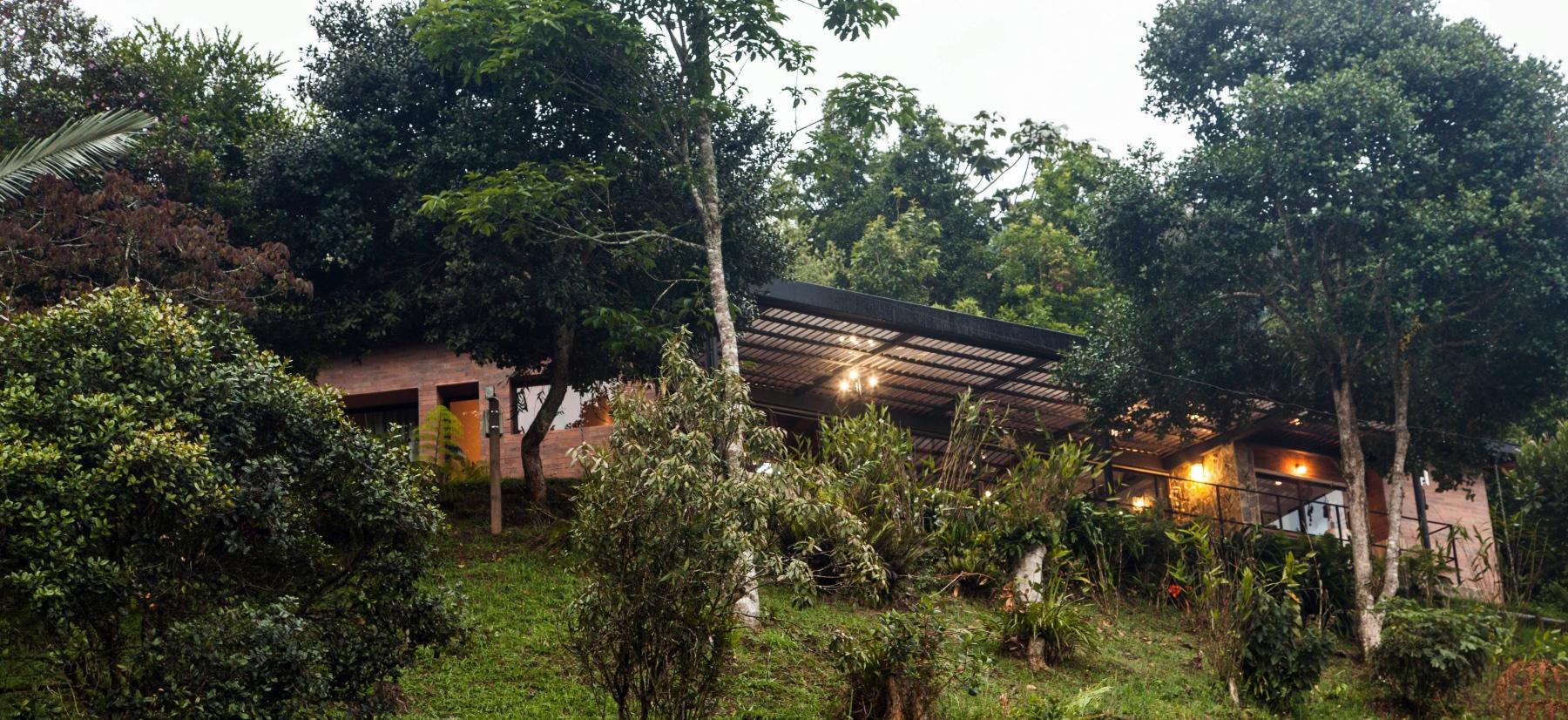 Casa Luna Clara